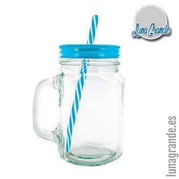 Jarras de cristal con tapadera y pajita azul
