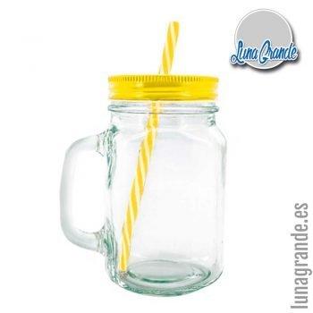 Jarras de cristal con tapadera y pajita amarilla