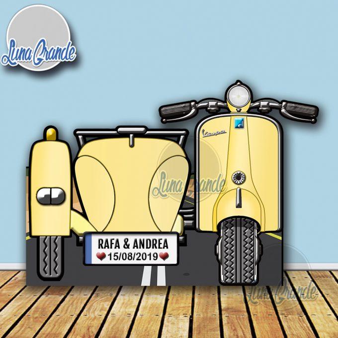 Photocall Moto Scooter con Sidecar Crema