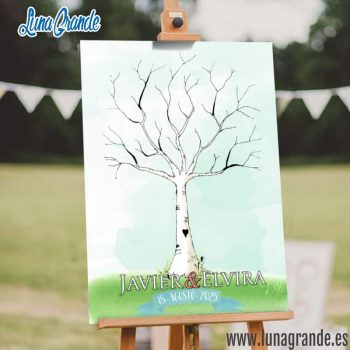Cartel de huellas con un árbol en acuarela sobre un caballete de madera